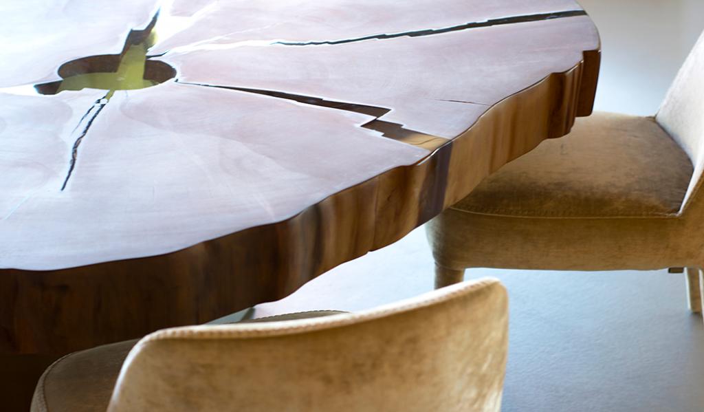 Dettaglio tavolo Kauri